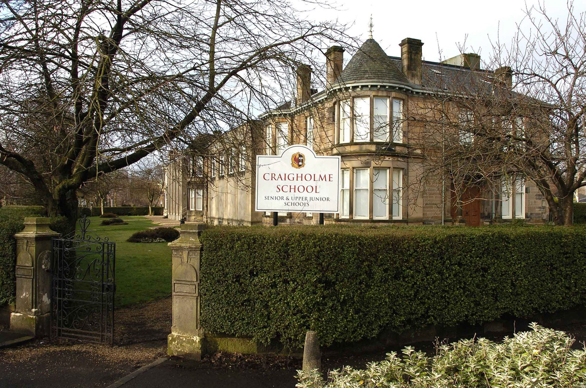 Glasgow school - one of the last private girls' secondaries in Scotland - to close