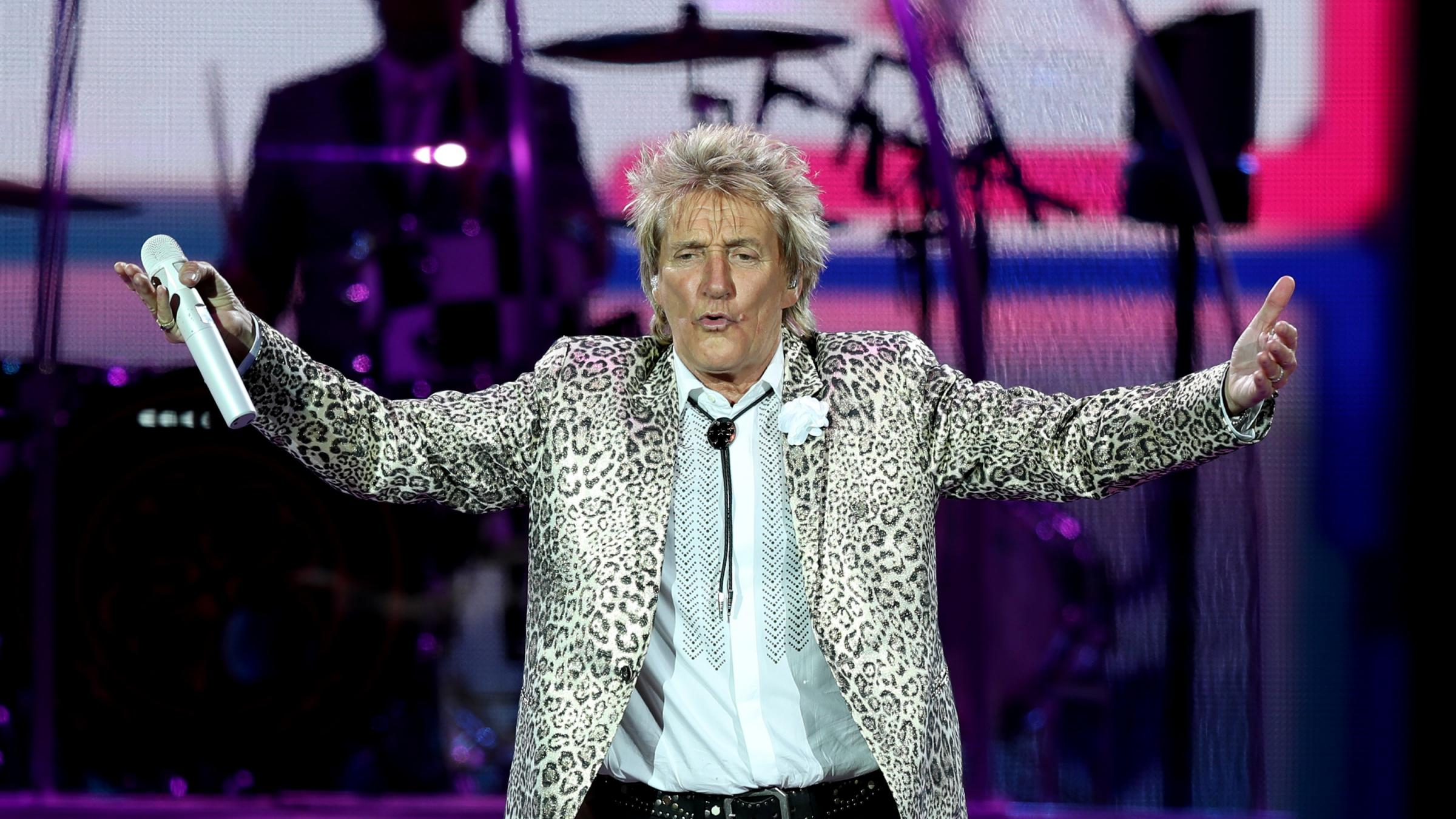Rod Stewart adds THIRD Glasgow gig date to tour amid phenomenal demand