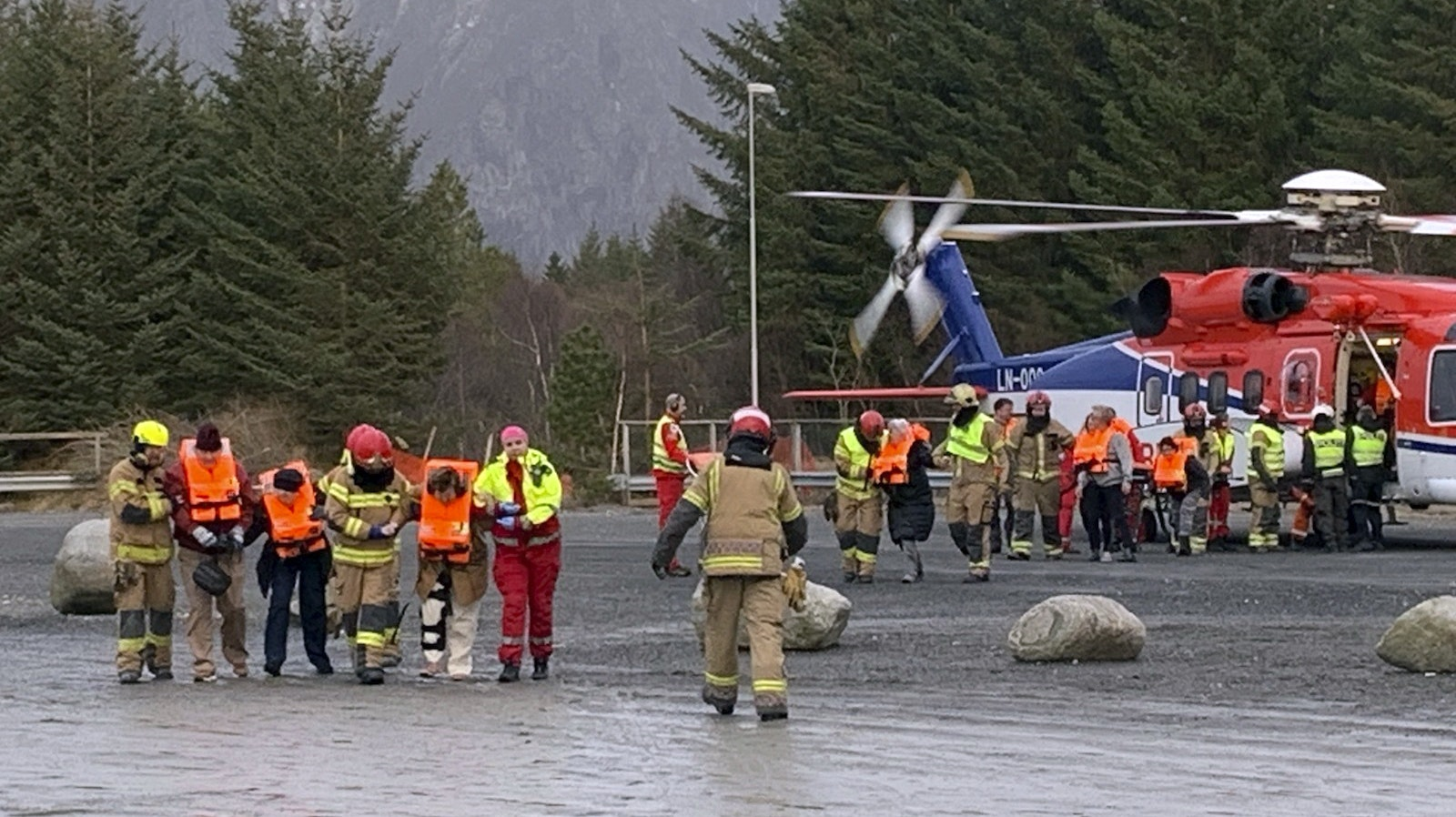 Britons tell of 'frightening' evacuation from cruise ship off Norway's coast
