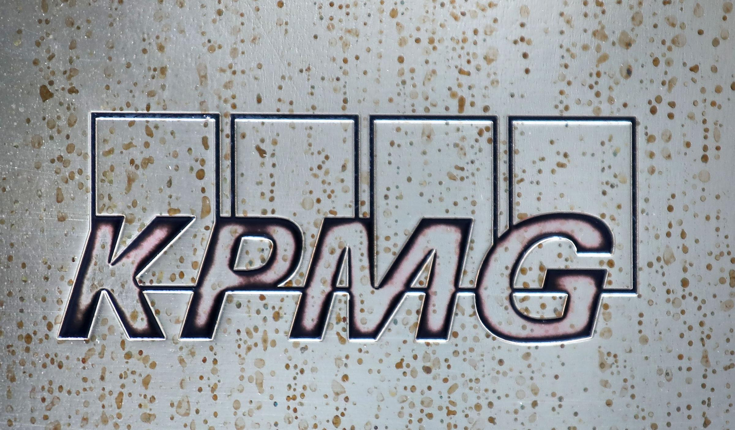 Glasgow set for 400 jobs boost as service giant KPMG announces new city hub