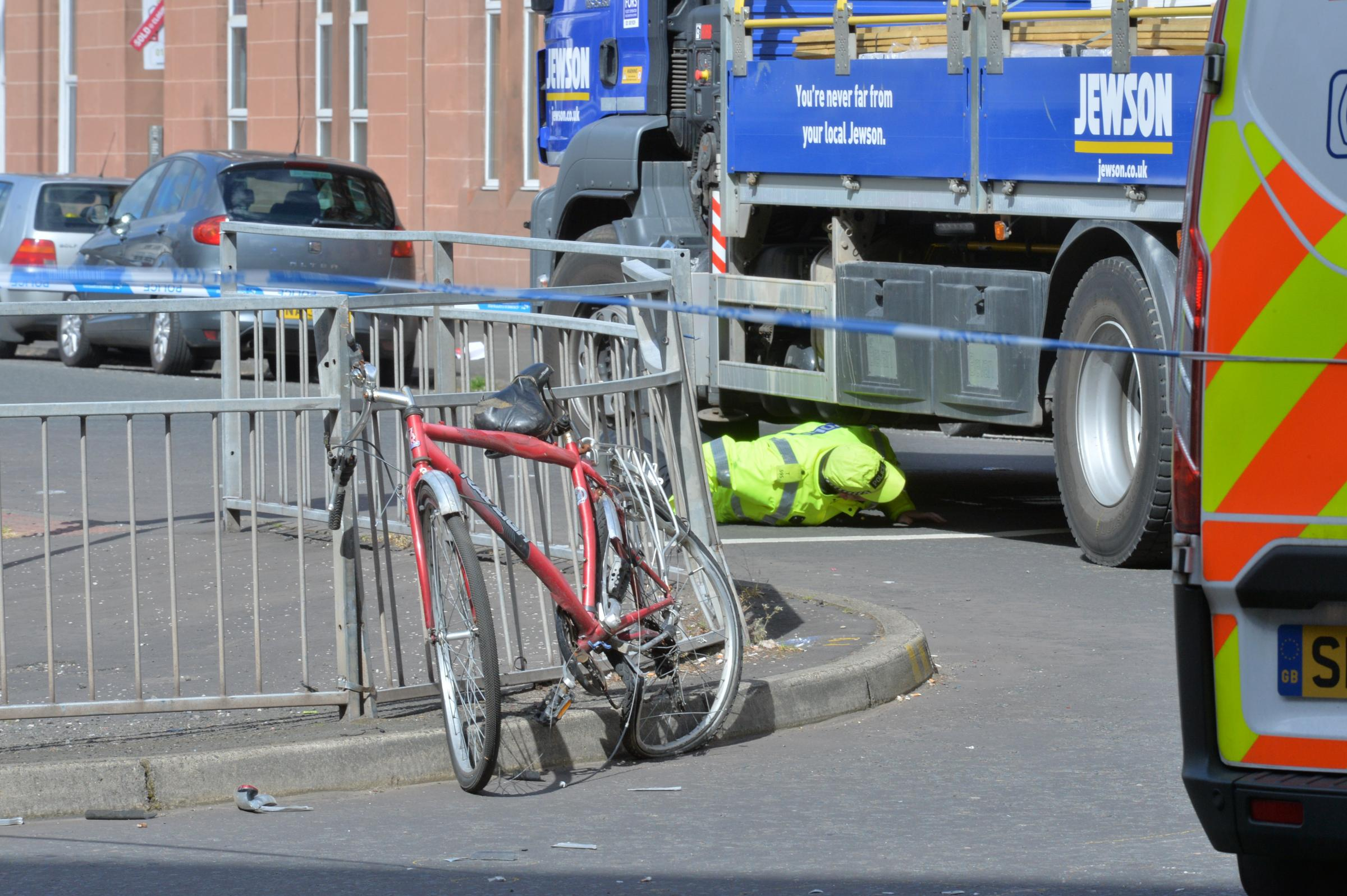 Road safety plea as cyclist killed at Glasgow South Side crossroads