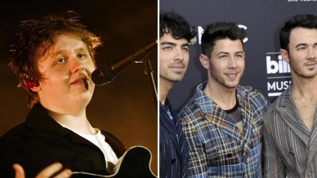 Lewis Capaldi poses in hilarious snap with Jonas Brothers sparking collab rumours