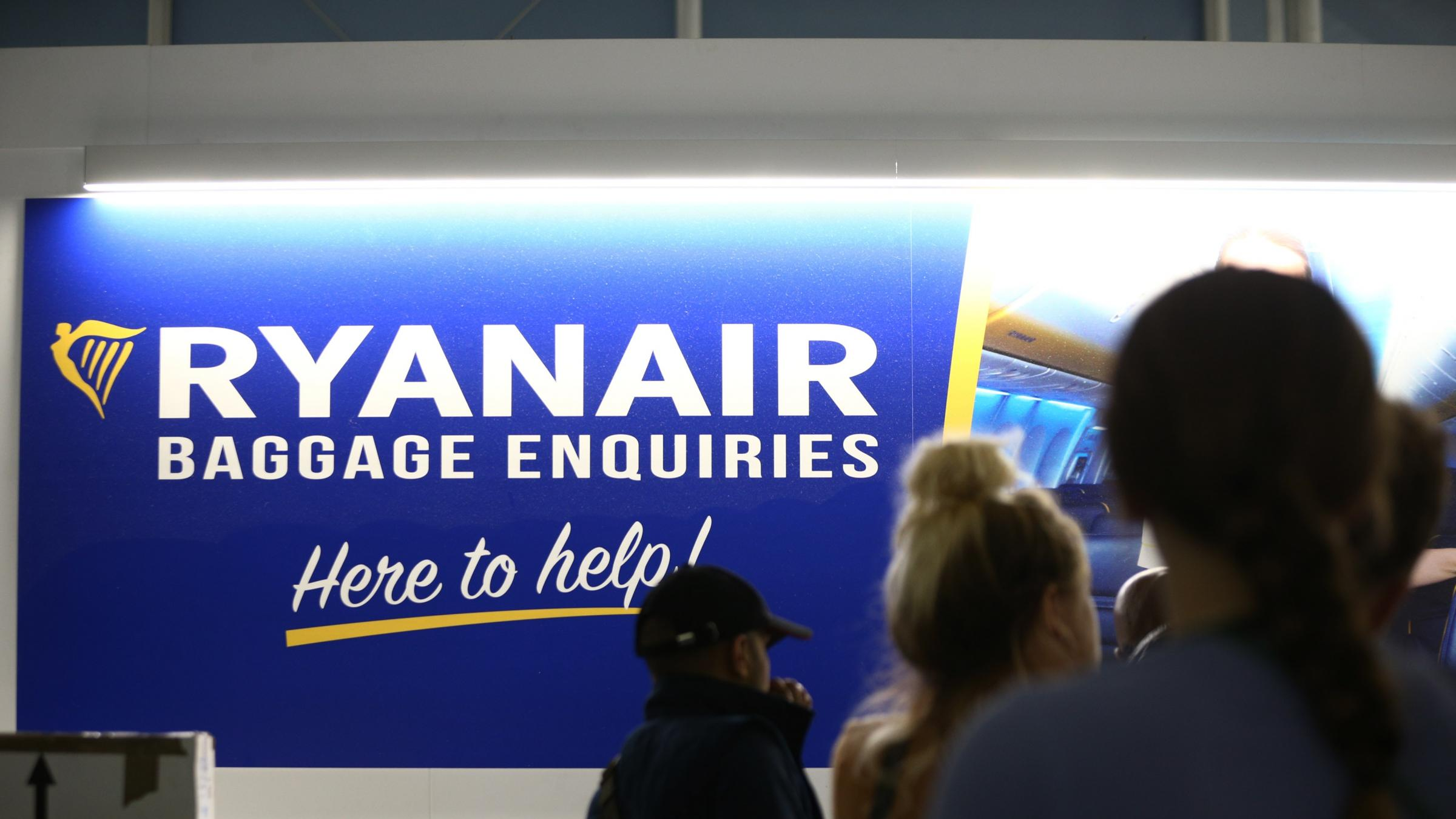 Ryanair 'ripping off' customers with 'hidden' currency conversions