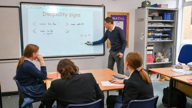 Increase in number of young teachers working in Scottish schools