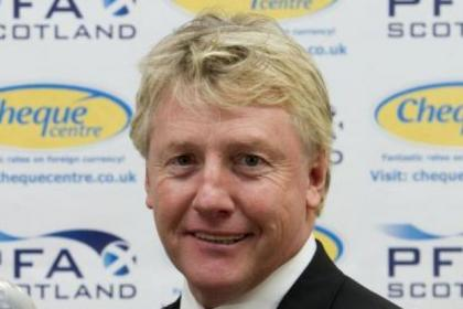 Former Celtic striker Frank McAvennie is confident the Hoops can qualify for the Champions League last 16