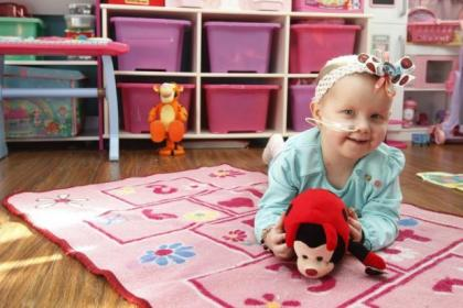 Caoimhe, 3, is to fly to America for cancer treatment