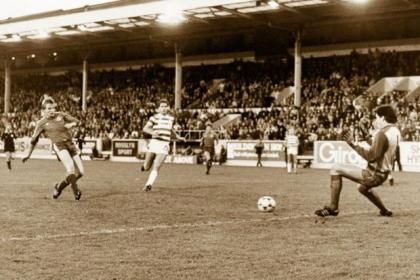 Aberdeen's Frank McDougall fires past Celtic's Pat Bonner, with Tom McAdam looking on despairingly, at Pittodrie