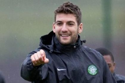 Charlie Mulgrew wants Celtic to press home their SPL advantage over the festive period