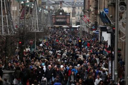 Shoppers packed Buchanan Street looking for bargains Picture: Colin Templeton