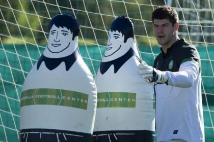 Fraser Forster wants to have a big hand in Celtic's season