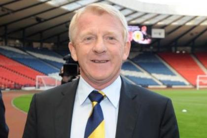 Scotland's new coach Gordon Strachan has been hailed by Celtic's Scott Brown