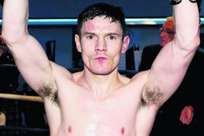 Willie Limond took less than two minutes to beat off the challenge of Eddie Doyle on Monday night