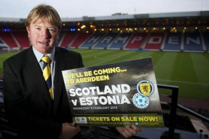 McCall will join up with Gordon Strachan and Mark McGhee