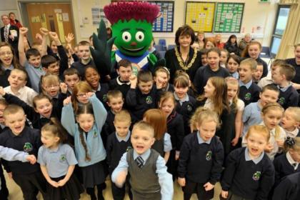 Sadie Docherty promotes Glasgow 2014