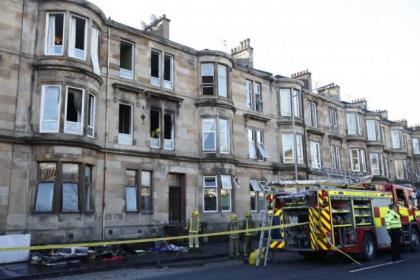 Four rescued in Glasgow flats fire drama