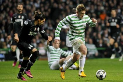 Kris Commons in full flight against Juventus last night