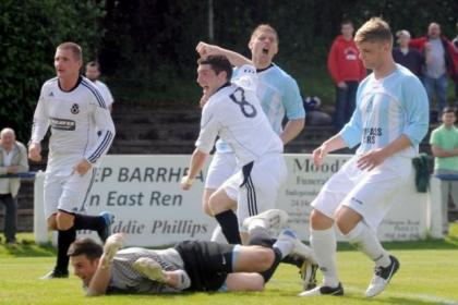 Ross Hepburn (No.8) has been outstanding for Pollok