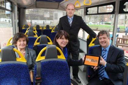 Keith Brown, right, Jonathan Findlay and passengers Hilda McCartney and Jacqueline Thomson launch online booking
