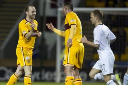 James McFadden celebrates with Michael Higdon