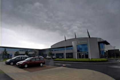 Staff have been told that 200 jobs will go at the Rolls Royce factory at Inchinnan
