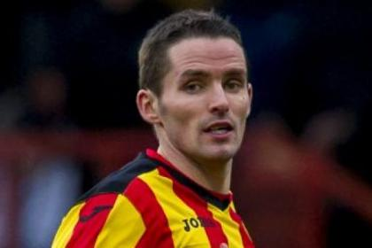 Lee Mair has been using his experience to help the Partick Thistle youngsters in the SPFL Premiership