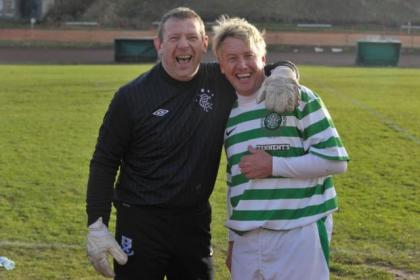 Andy Goram and Frank McAvennie went head to head for the charity match