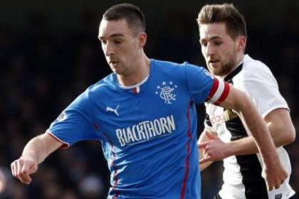 Lee Wallace has received praise from team-mate Jon Daly