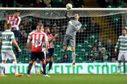 Fraser Forster will be aiming to break the Scottish clean-sheet record against Hearts