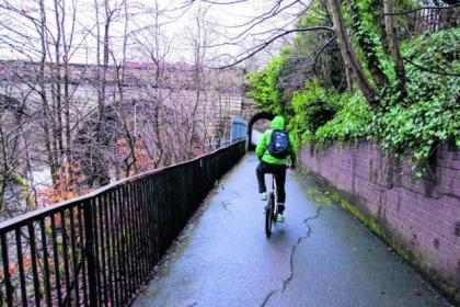A section of the Kelvin Walkway has been closed off after a giant crack appeared in the path's surface