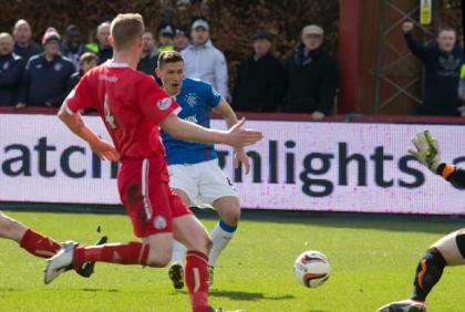 Rangers' Fraser Aird scores first goal during the Scottish League One match Glebe Park