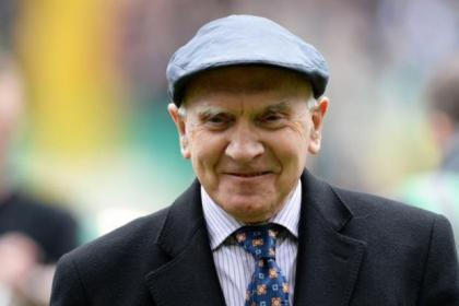 Former chairman Brian Quinn donned a Fergus McCann-type bunnet to address the Celtic fans on Saturday