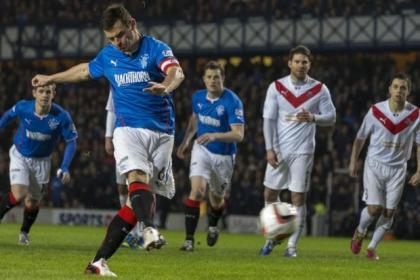 Lee McCulloch scores from the penalty spot as Rangers cruise to title glory