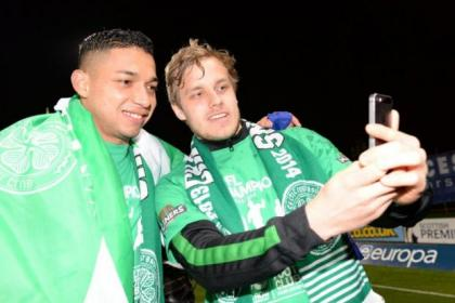 Selfie-made stars...Emilio Izaguirre and Teemu Pukki prove they are moving with the times