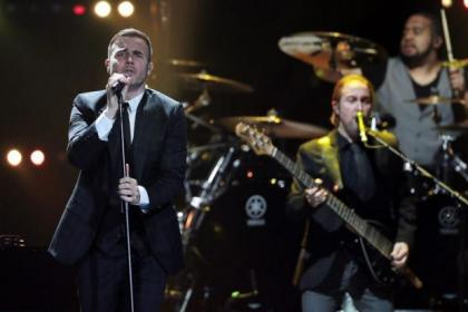Gary Barlow delighted his fans at the Hydro Arena