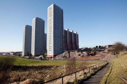 Five of the six remaining Red Road tower blocks are to be demolished as part of the 2014 Games opening ceremony