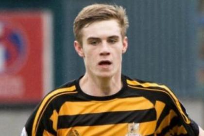 Liam Lindsay is on loan at Alloa