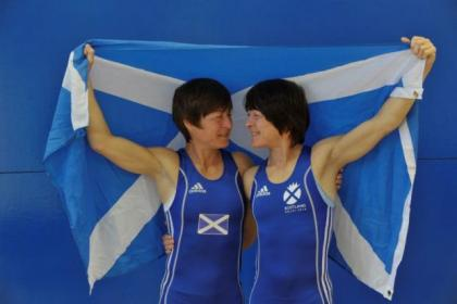 Wrestlers Fiona and Donna Robertson have been selected for the Games