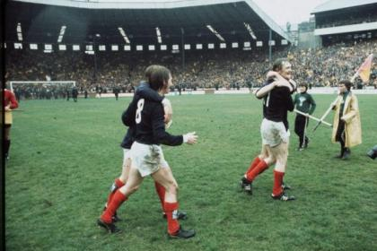 Kenny Dalglish and Davie Hay celebrate after 2-0 win over England in 1974