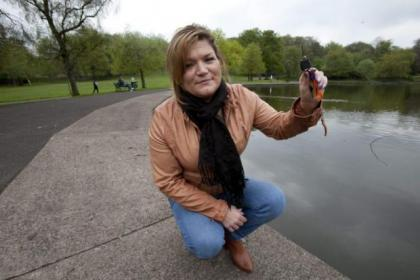 Catriona White was given a parking fine after her Good Samaritan pond rescue