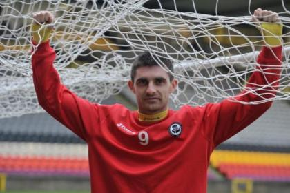 Kris Doolan has netted a new deal with Partick Thistle