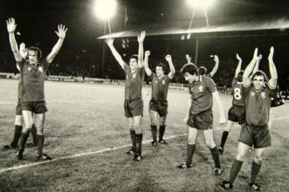 Jubilant Rangers players celebrate their 2-0 victory over Juventus at Ibrox in 1978. #SportTimestop50