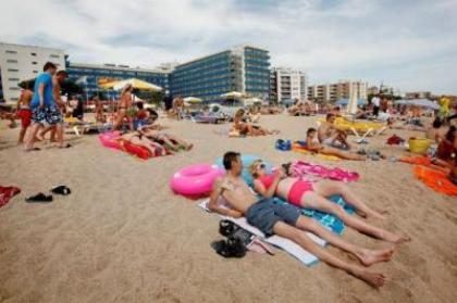 Warning issued to those  holidaymakers travelling in Spain