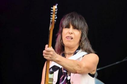 Chrissie Hynde is going solo