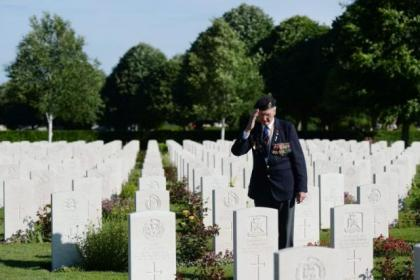 D-Day heroes were honoured in a moving ceremony