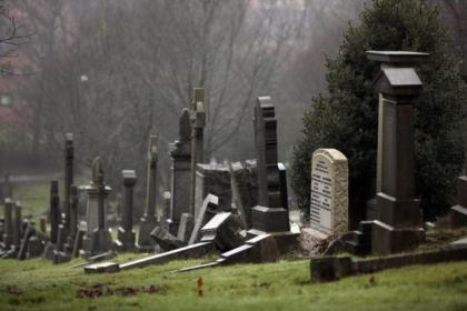 The prisoner scheme for working in graveyards is to be extended