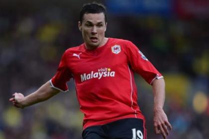 Cardiff City midfielder Don Cowie could be tempted by a move to Rangers