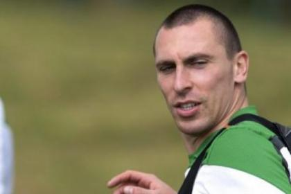 Skipper Scott Brown has had a chat with Ronny Deila ahead of return to training