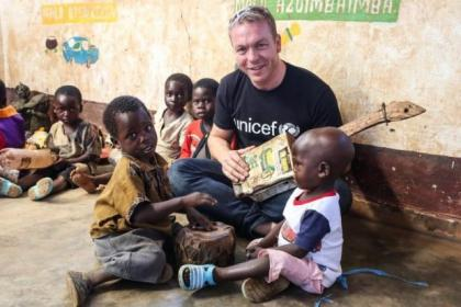 Sir Chris Hoy visiting a children's centre in Taiza, Malawi