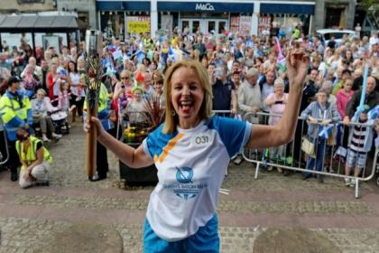 Familiar faces carried the baton in Renfrewshire