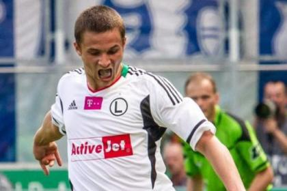 Bartosz Bereszynski's four-minute appearance was costly for Legia Warsaw